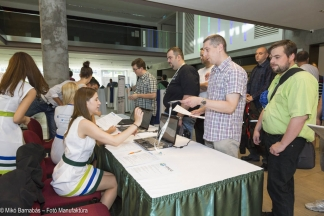 Regisztrálók sora a VMUG konferencián